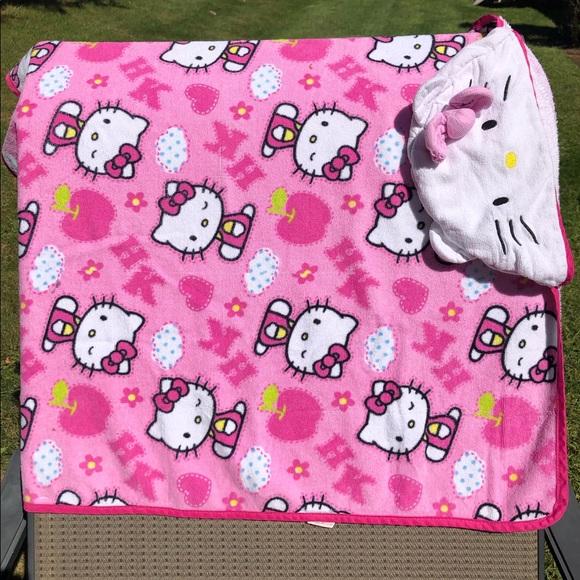 Sanrio Other - Hooded Bath Towel